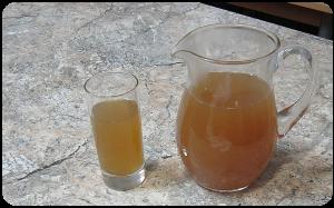 Obuolių - kmynų gėrimas